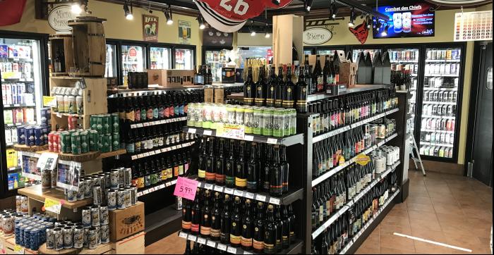 Au Toit Rouge, la référence numéro 1 dans les Laurentides pour le choix de bières et microbrasseries, plus de 1000 variétés en inventaire!